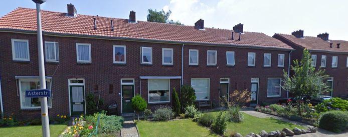 Ook aan de Asterstraat worden woningen gesloopt en vervangen door nieuwbouw volgens het concept 'Blokje om'.