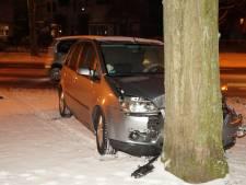 Automobiliste gewond na botsing in Drunen