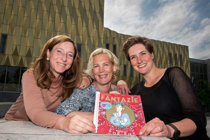 De makers van Hiep Hiep Fantazie: vlnr Mary Smits, Manon Balfoort en Bonnie Bouman.