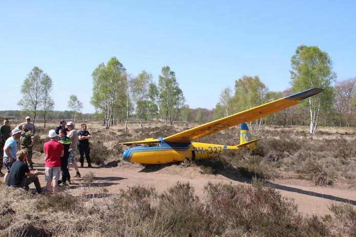 Hetzweefvliegtuig is zwaar beschadigd