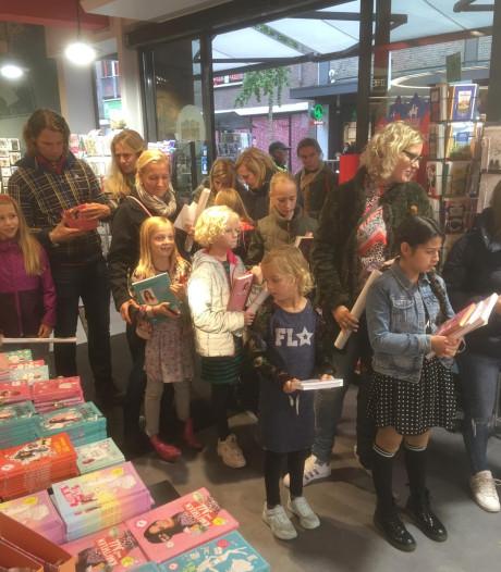 Fans weer in de rij voor Jill Schirnhofer in Enschede