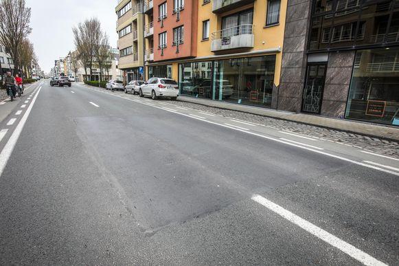Een deel van de Nieuwpoortsesteenweg werd nog niet heraangelegd.
