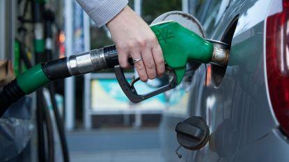 Benzine tanken wordt morgen duurder