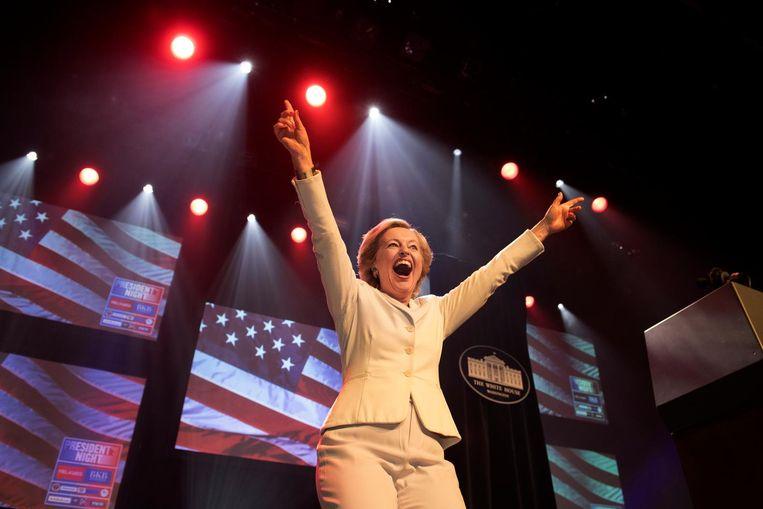 Opmerkelijk moment: Jet Bussemaker in de rol van Hillary Clinton Beeld anp