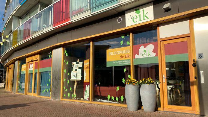 Eindhovens Dagblad Inloophuis De Eik verkeert in zwaar weer en heeft daarom 'Huis in Actie' opgezet.