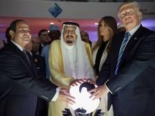 Twitteraars leven zich uit op Trump met Saoedische glazen bol