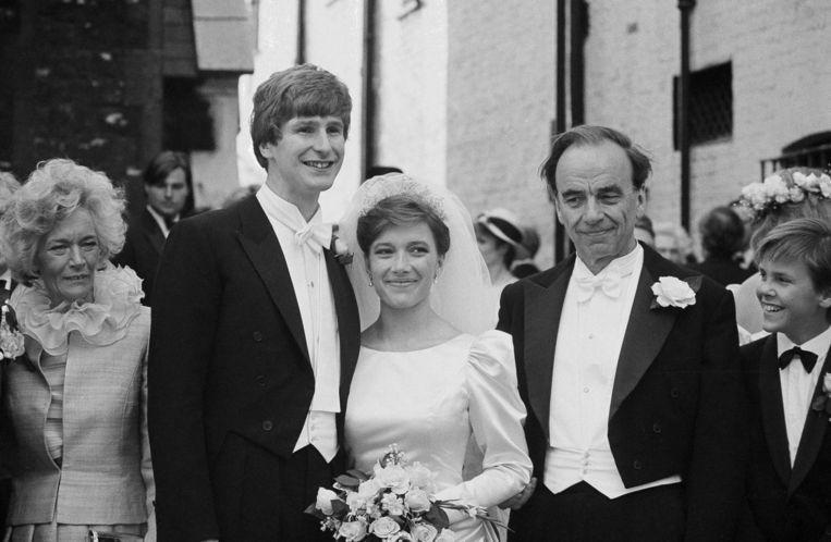 Crispin Odey in 1986 tijdens zijn huwelijk met zijn voormalige vrouw Prudence Murdoch, dochter van mediatycoon Rupert Murdoch. Beeld ap
