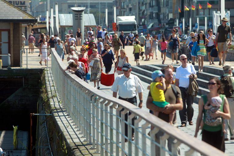 De balustrade aan de Visserskaai lokt gemengde reacties uit.