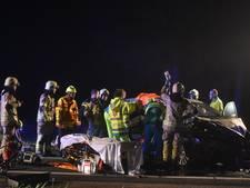 Auto botst tegen vrachtwagen in Axel: 2 gewonden