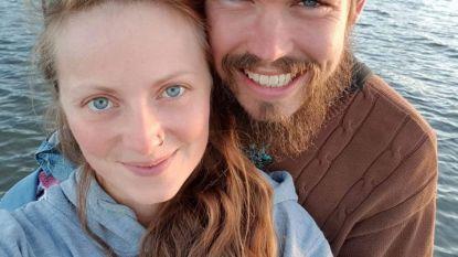 """Koppel reist platzak door Nieuw-Zeeland: """"Er is zoveel liefde in de wereld"""""""