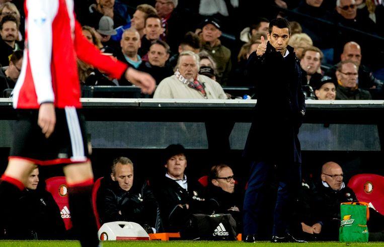 Giovanni van Bronckhorst kreeg zondag tegen Ajax te maken met twee blessuregevallen: Jørgensen en Karsdorp. Kramer en de goed spelende Nieuwkoop toonden zich waardige vervangers. Beeld anp