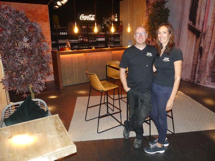 Steven Lagaisse en Reinhilde Desmedt bij de opening van Loods Veertien.