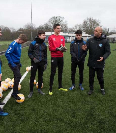 Lichtenvoordse doelman Sten Kremers van De Graafschap naar Ajax