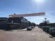 Protest tegen onduidelijkheid toekomst Hazelaarstraat in Woerden