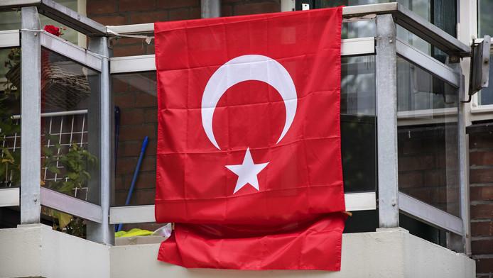 De Tweede Kamer worstelt met de integratie van Turkse Nederlanders