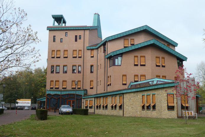 In het gemeentehuis van Sint-Michielsgestel is het nieuwe dorpshuis Meander gevestigd.