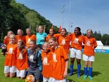 Huissense meiden Nederlands kampioen schoolvoetbal