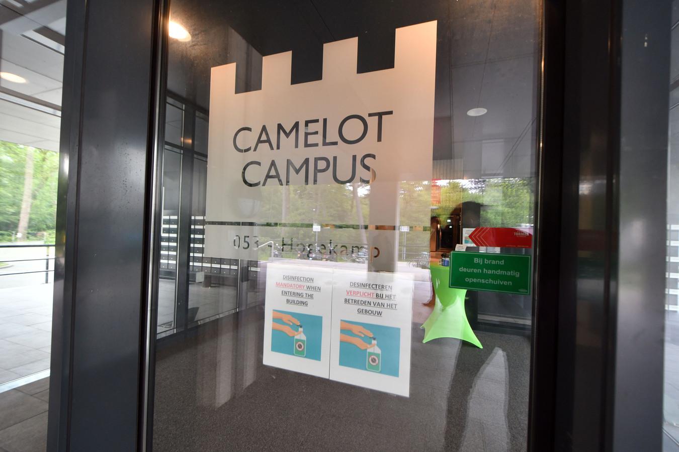 Zes coronabesmettingen vastgesteld bij gebouw Hogekamp op Universiteit Twente.