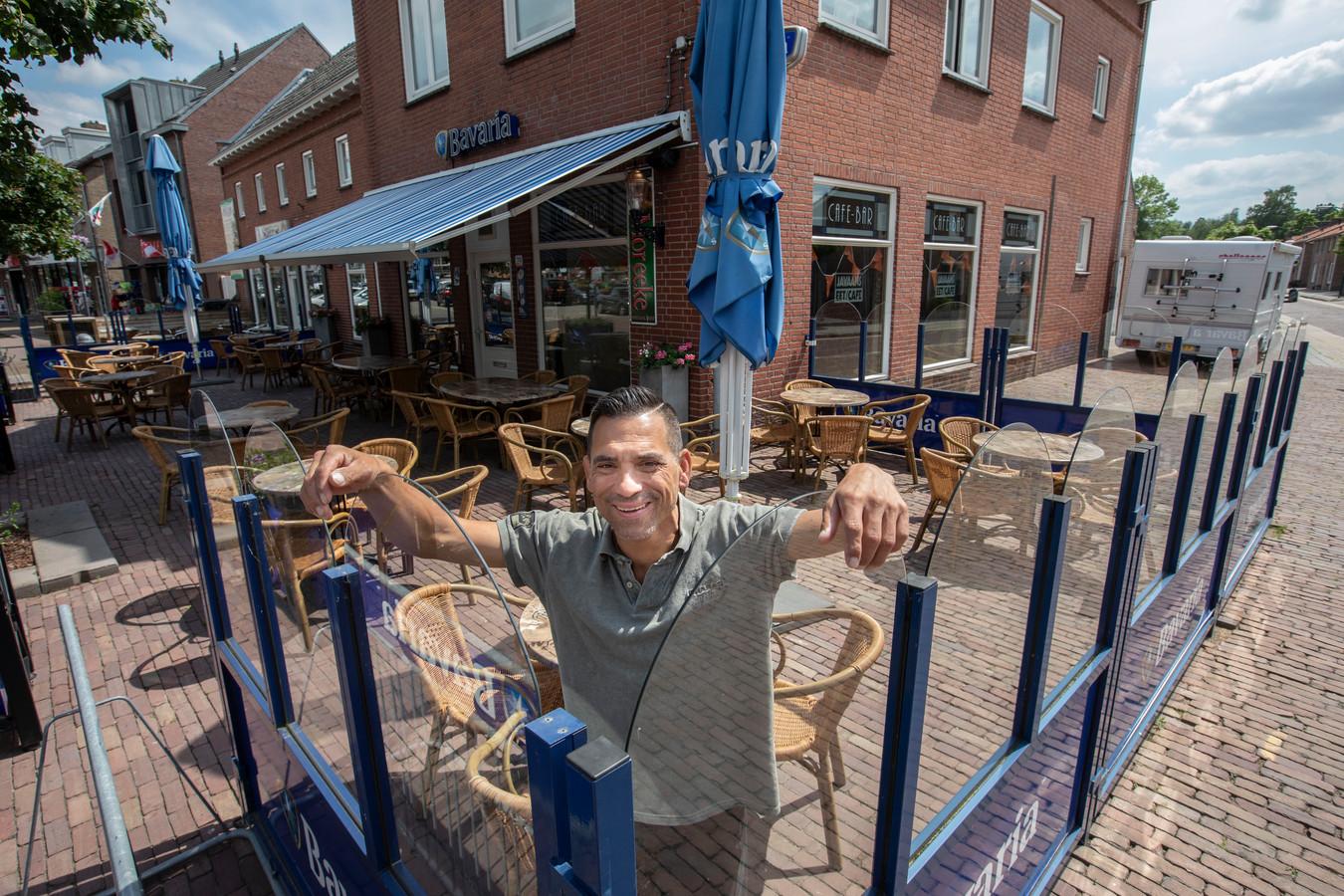 Paddy van Lieshout bij zijn nieuwe zaak in Beek en Donk, die medio juli opengaat.