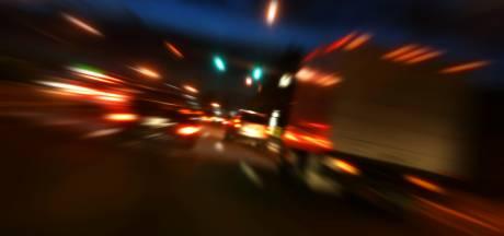 Dronken man (29) uit Nistelrode steekt meermaals te voet de snelweg over