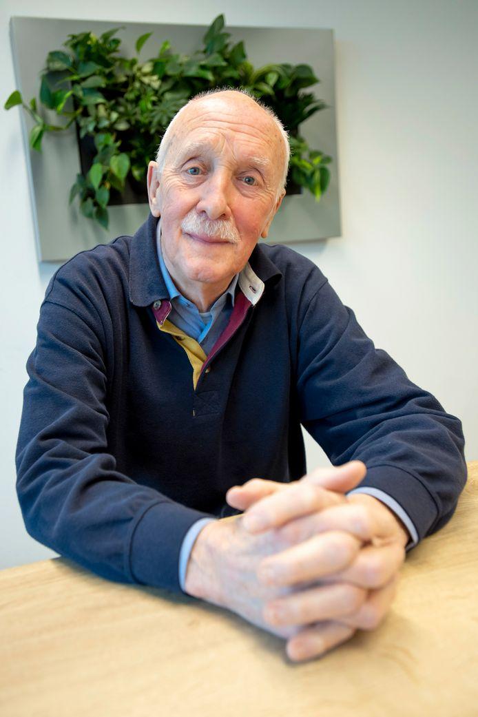 Anthony van Dijck van voorzitter van de seniorenraad en stapt nu als interim-voorzitter in de adviesraad sociaal domein van de gemeente Halderberge.