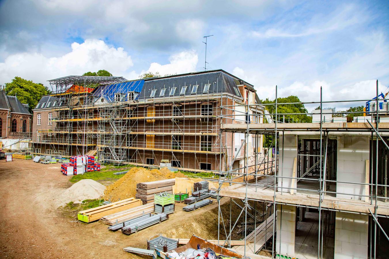 Verbouwing van en nieuwbouw bij klooster Groot Bijstervelt in Oirschot.