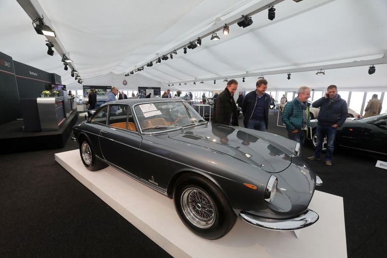 Ferrari 365 GTC Coupé uit 1968.