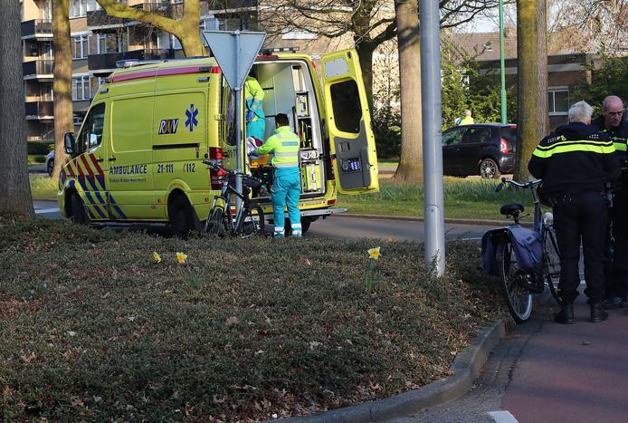 Fietsster gewond bij aanrijding in Oss