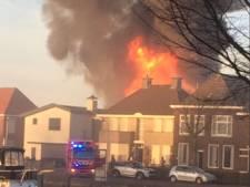 Asbest in tuinen na grote brand in Genemuiden
