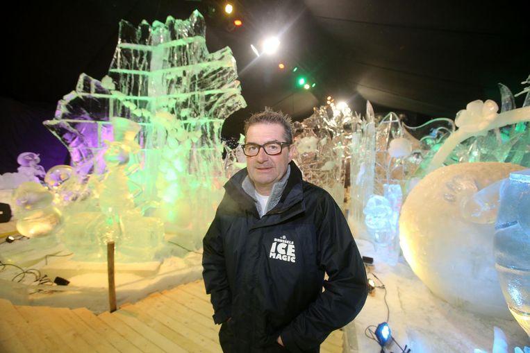 Organisator Francis Vandendorpe op een eerdere editie van het ijssculpturenfestival.