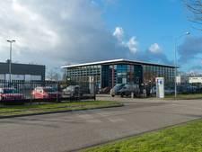 FIOD doet invallen in Apeldoorn, Vaassen en Ruurlo na grootschalige fraude met dure auto's
