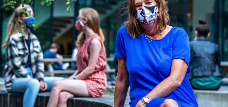 Besmettingen, verkoudheden en lesuitval: zo worstelen scholen met corona. 'Een milde herfst graag!'