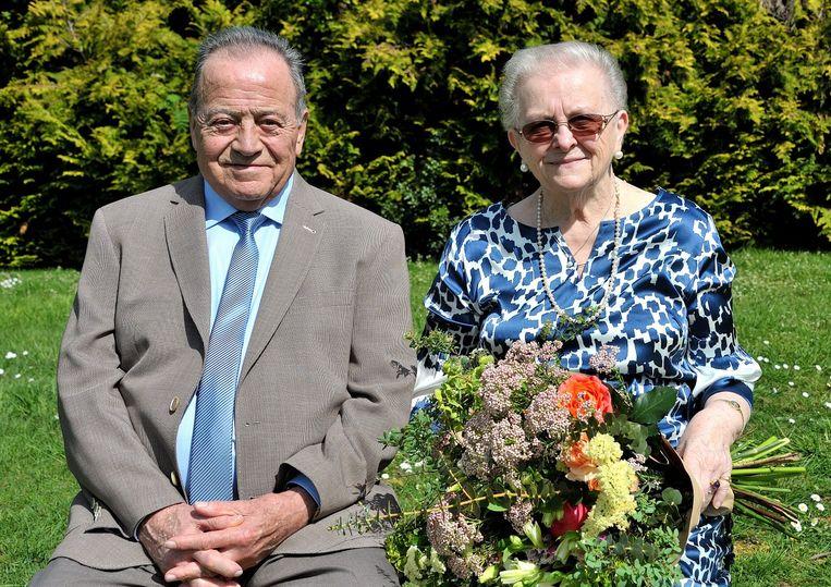 Jan Heymans (82) en Anni De Saeger (81) vierden met familie en vrienden hun diamanten huwelijksjubileum in Halle.