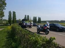 Partybus vol RKC-supporters mag Nijmegen niet in: vijf mannen aangehouden