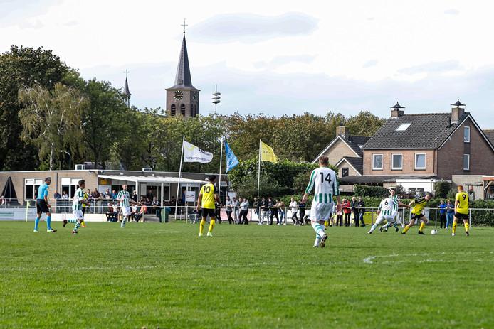 In Oosteind was het buurman DVVC die met de punten naar huis ging.