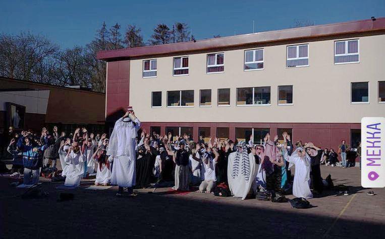 100 dagenviering op College Melle met als thema Saoedi-Arabië.
