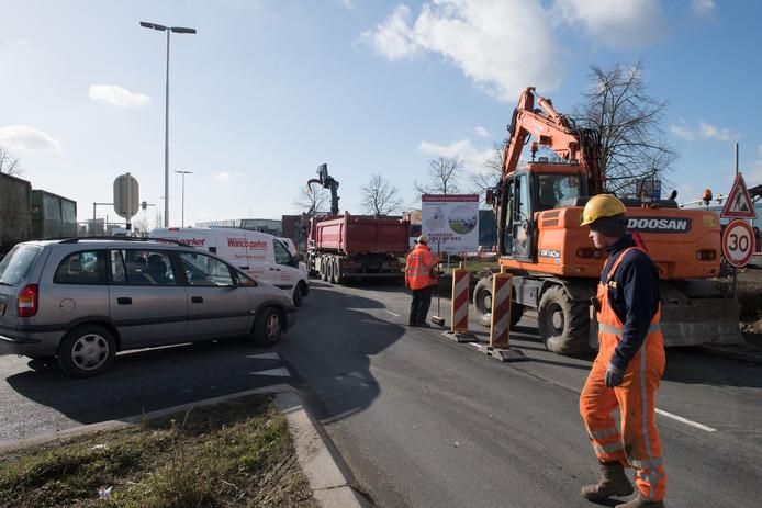 Het koude week zorgt voor vertraging van de reconstructie van het Industrieplein.