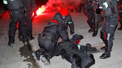 Agent komt om het leven in Bilbao bij rellen met veel vuurwerk tussen Spaanse en Russische hooligans