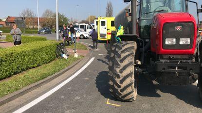 78-jarige fietser buiten levensgevaar na ongeval met tractor, al kan hij zijn been nog verliezen