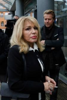 Johan Vlemmix moet Patricia Paay 2000 euro betalen voor 'sekspoppenplan'