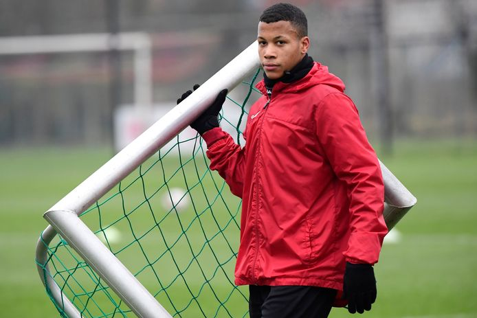 Aster Vranckx, een jeugdproduct van KV Mechelen dat dit seizoen al hoge ogen gooide in de Jupiler Pro League.