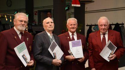 Leden fanfare Sint Cecilia gehuldigd, Guillaume en Harrie al 70 jaar lid