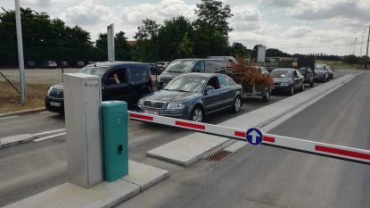 Meteen druk in vernieuwd recyclagepark in Messelbroek