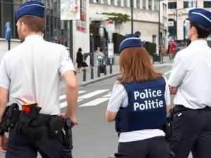 """Du """"tais-toi et s***"""" au teambuilding dans un club échangiste: l'autre face de la culture d'entreprise à la police"""