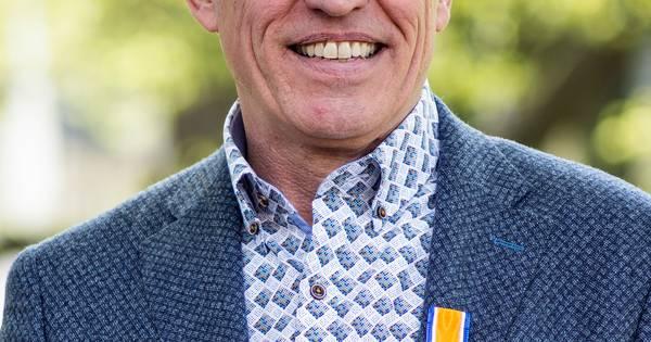 Piet noordermeer uit hilvarenbeek koninklijk onderscheiden for Ppc eindhoven