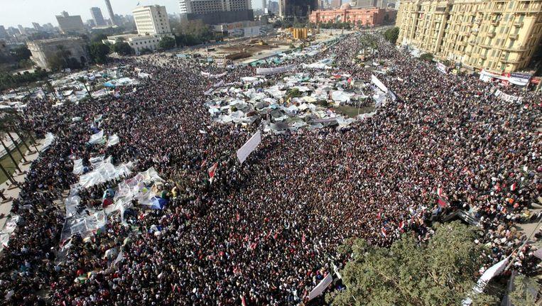 Demonstranten in Caïro in februari 2011, daags voor het aftreden van president Mubarak Beeld ANP
