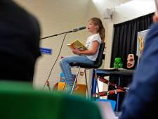 Leerlingen van De Tweeklank en De Wierde slepen winst voorleeswedstrijd Almelo in de wacht