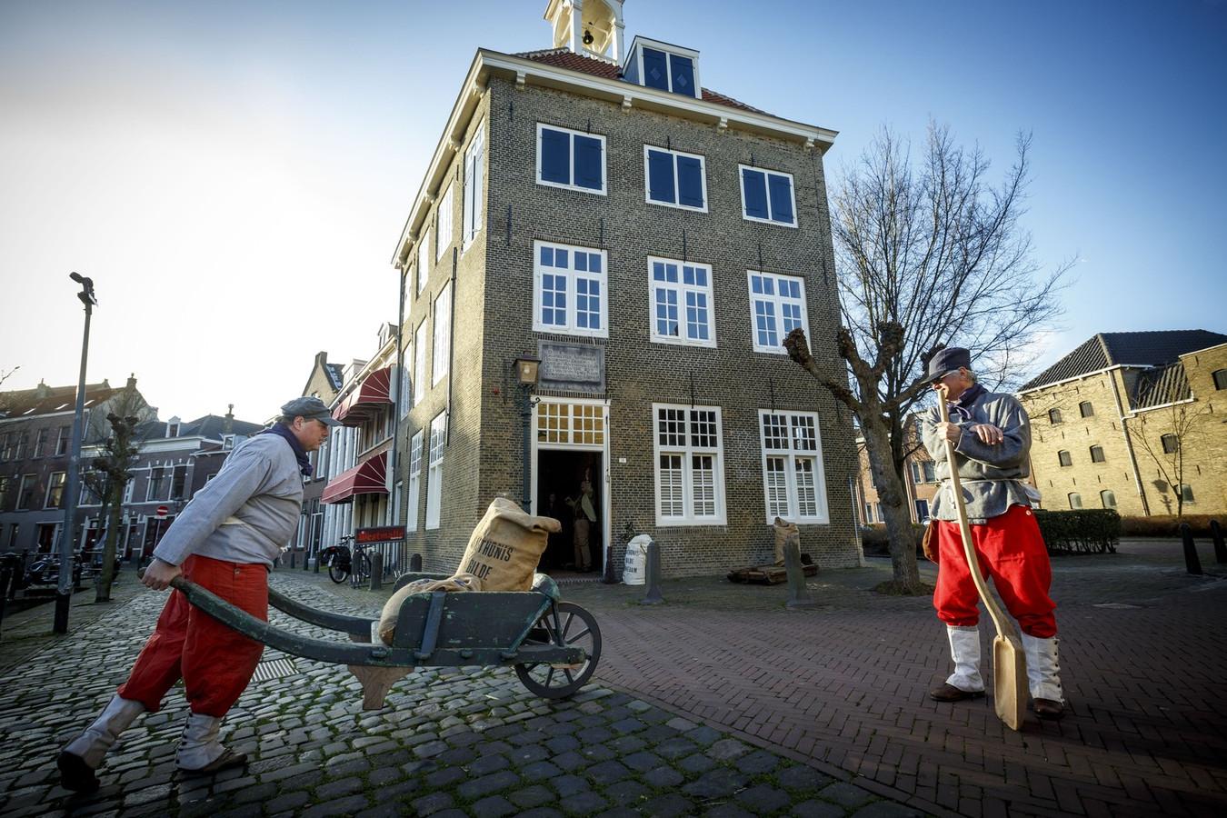 Het Zakkendragershuisje in het centrum van Schiedam.