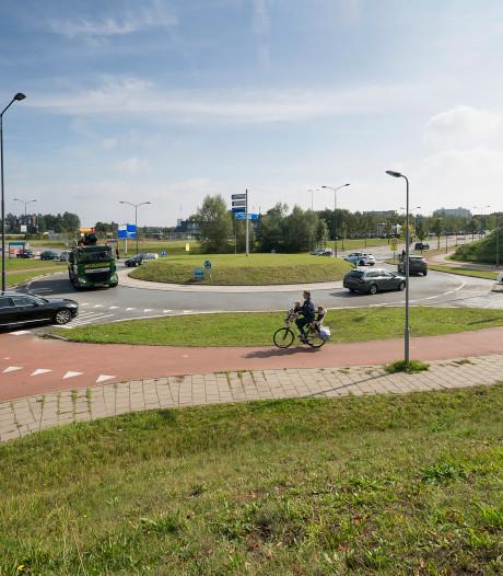 Gevaarlijke verkeerssituatie bij 'Van der Valk' in Vught in fases aangepakt