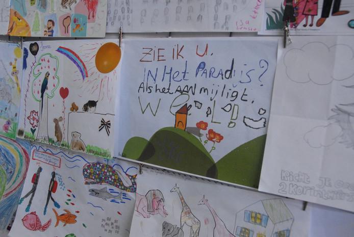 De tekst bij de ingezonden tekening van de 13-jarige Pim Pinter slaat de spijker op de kop.